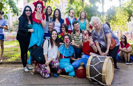 Grupo Trampolim com público de Momentos Aymoré, em BH