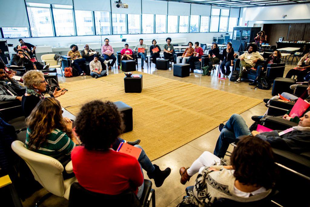 Participantes do Mapa em roda de conversa