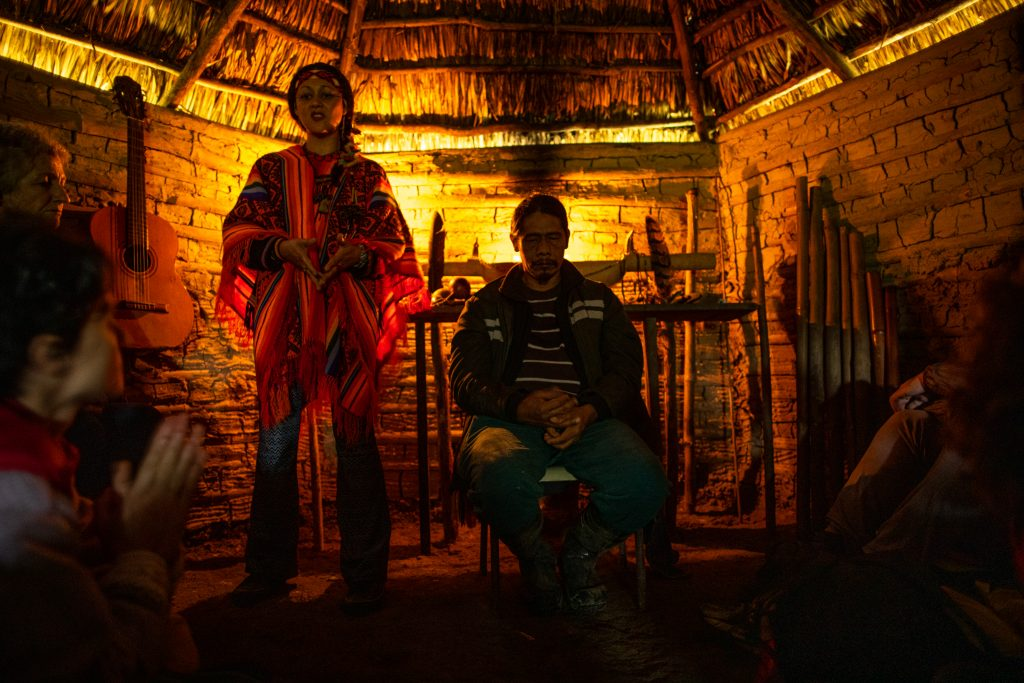 Cristine Takuá e Papá Mirim, os anfitriões da terra indígena Rio Silveira